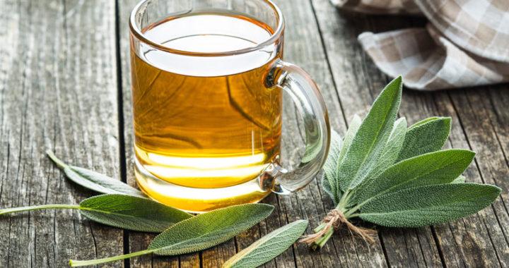 beneficiile-ceaiului-de-salvie